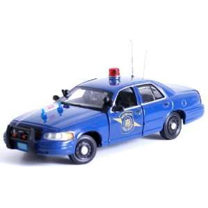 First Response 1/43 2007 Ford Michigan State Police Toys & Games