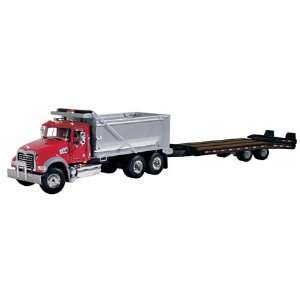 Peterbilt Model 367 Dump Truck Beavertail Trailer 1/50 Red