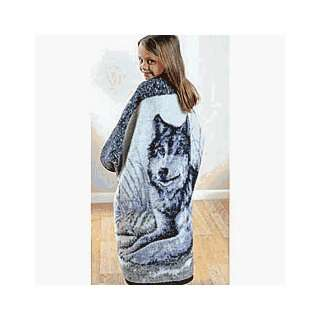 Nap Wrap Wolf And Moon Blanket Wrap   40 X 45 Inch