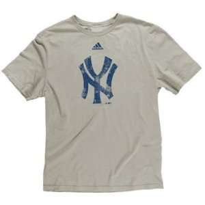 New York Yankees YOUTH Retro Logo Soft Premium T Shirt